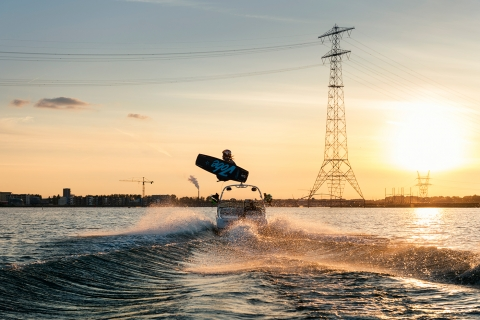 Jarno Schurgers Photography Wakeboarder Marc Kroon Red Bull Sportfotografie